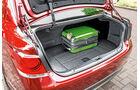 Toyota Crown Athlete S Hybrid, Kofferraum