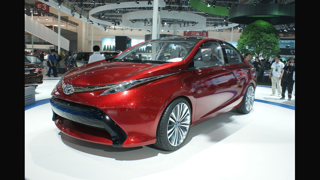 Toyota Dear Concept Sedan
