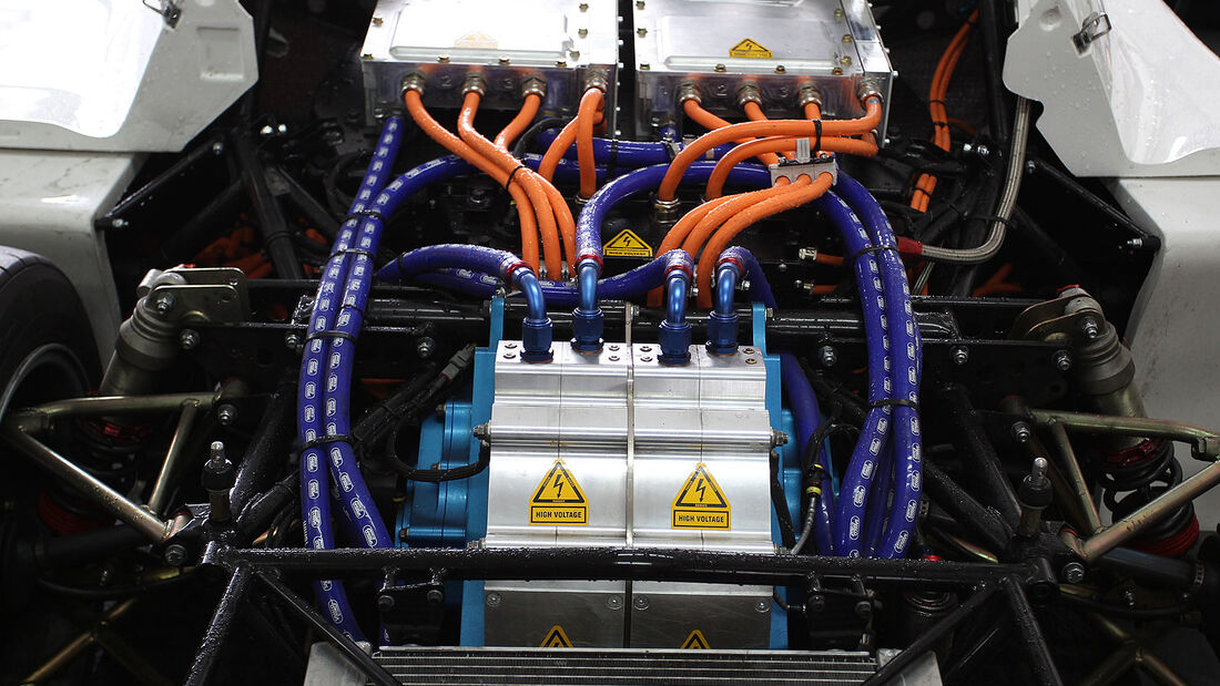 Toyota EV P002