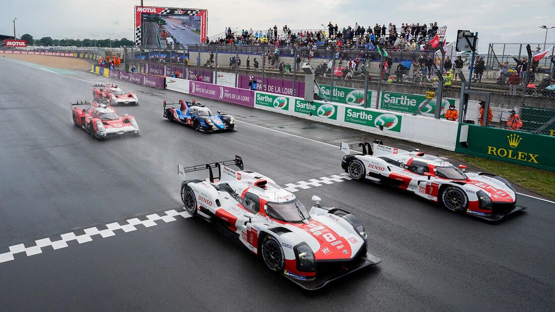 Toyota GR010 Hybrid - Startnummer #8- 24h-Rennen Le Mans 2021