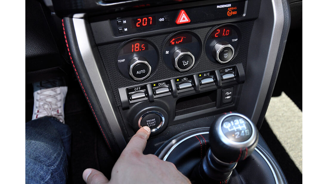 Toyota GT 86, Start- Stopp-Knopf