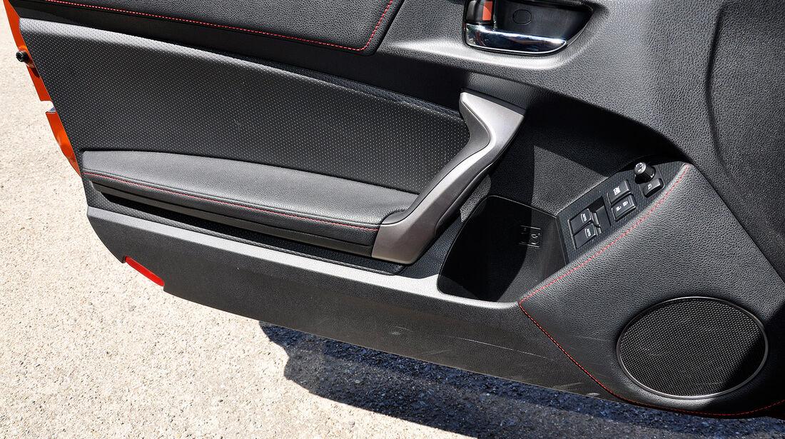 Toyota GT 86, Türablage