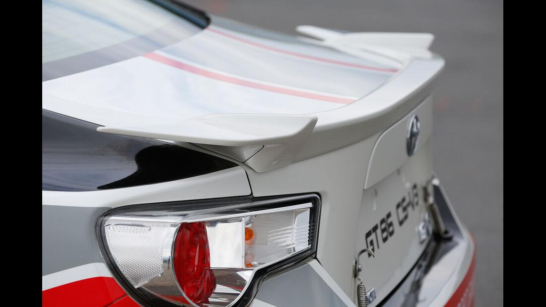 Toyota GT86 CS-V3, Heckspoiler