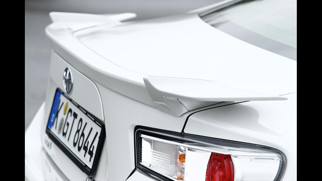 Toyota GT86, Heckspoiler, Heckschürze
