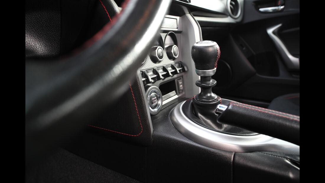 Toyota GT86, Schaltung
