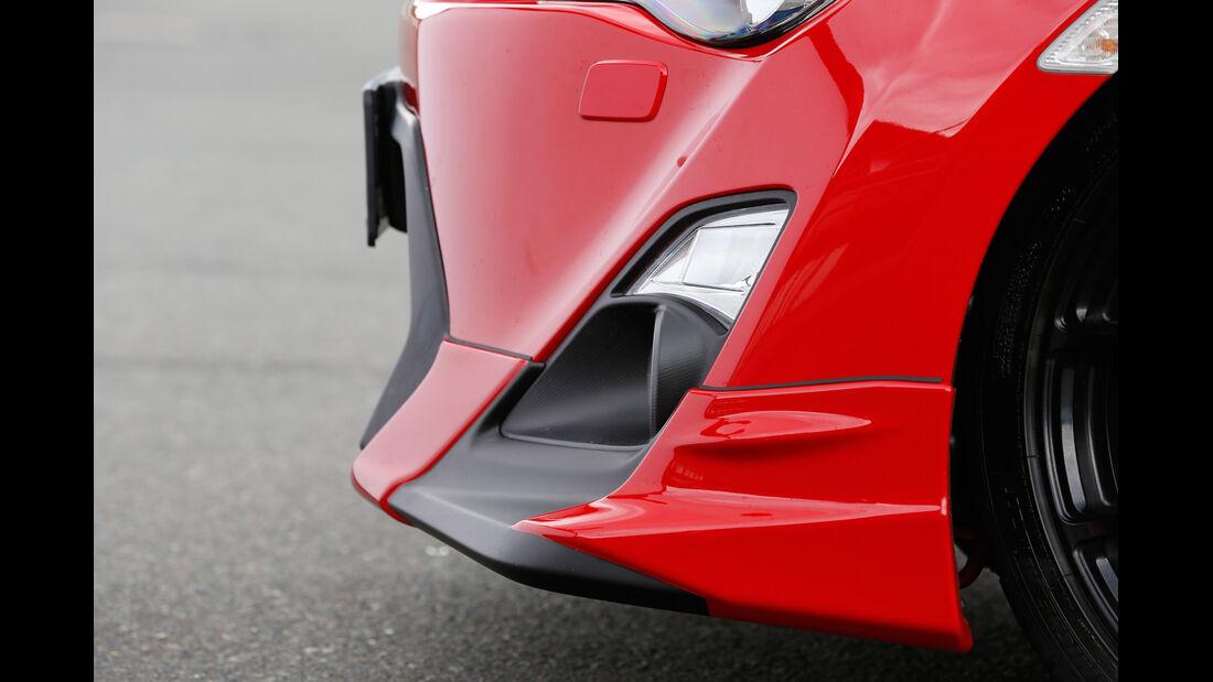 Toyota GT86 TRD, Frontschürze