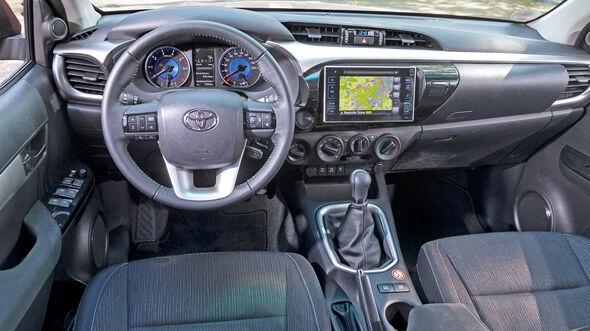 Toyota Hilux Pick-up 2.4D Double Cab 4x4, Cockpit