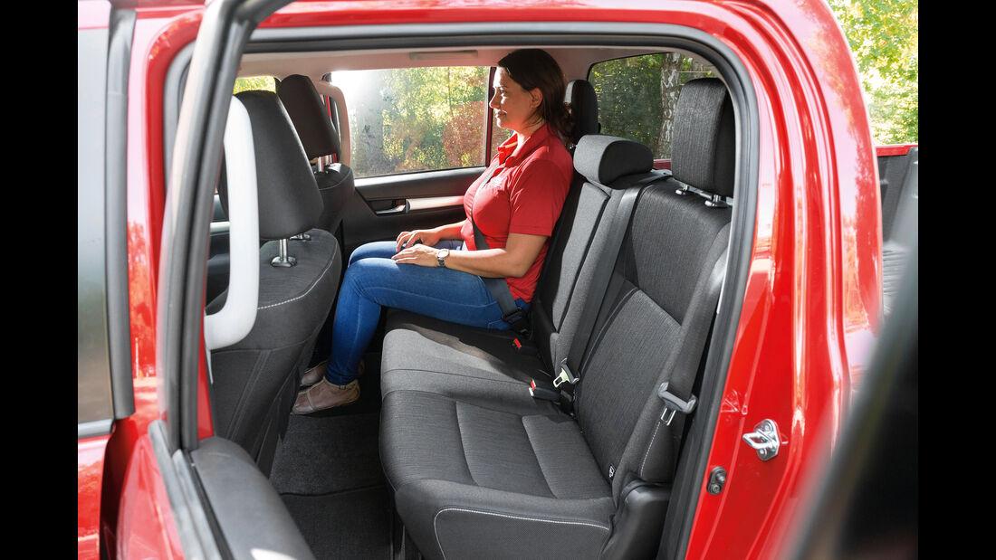 Toyota Hilux Pick-up 2.4D Double Cab 4x4, Fondsitze