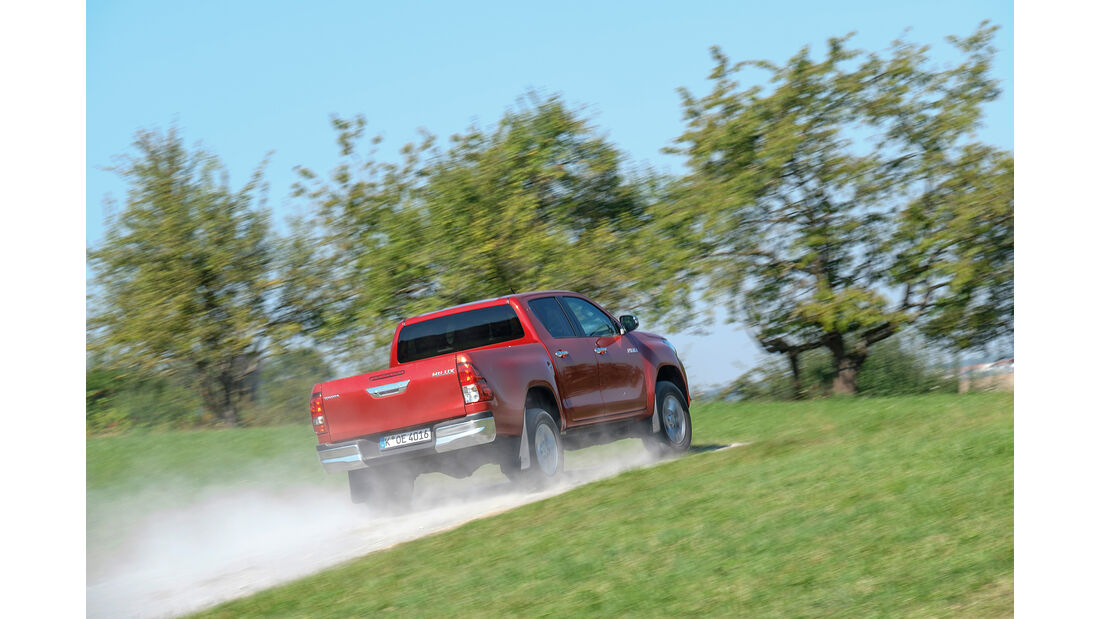 Toyota Hilux Pick-up 2.4D Double Cab 4x4, Heckansicht