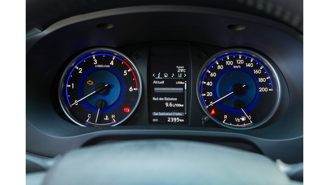 Toyota Hilux Pick-up 2.4D Double Cab 4x4, Rundinstrumente