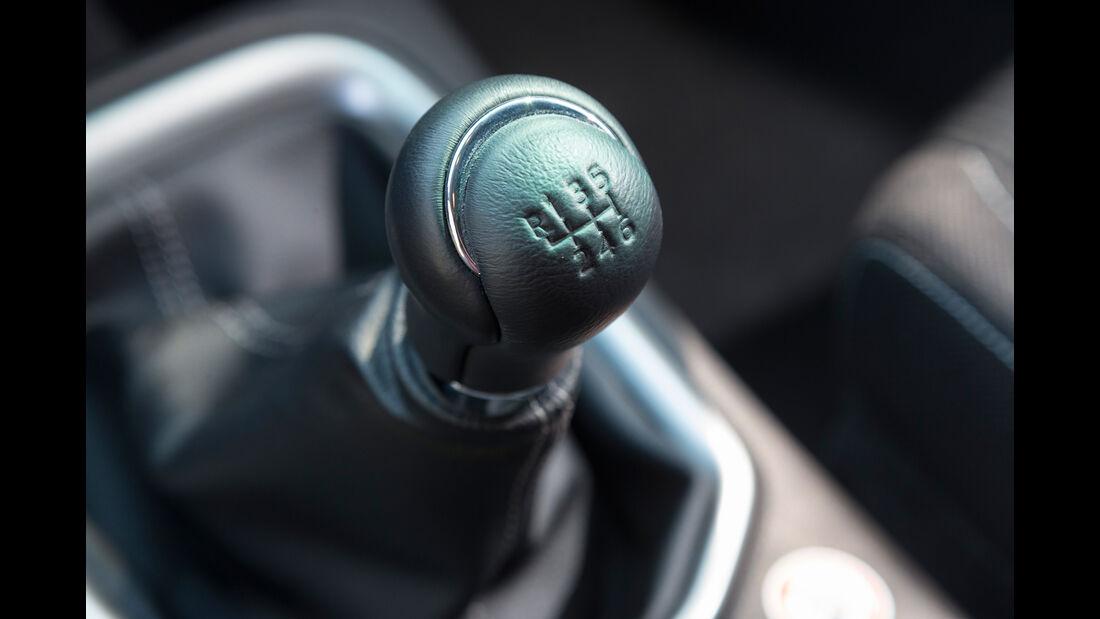 Toyota Hilux Pick-up 2.4D Double Cab 4x4, Schalthebel