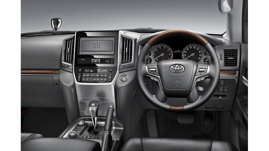 Toyota Land Cruiser 200 V8 Facelift 2016
