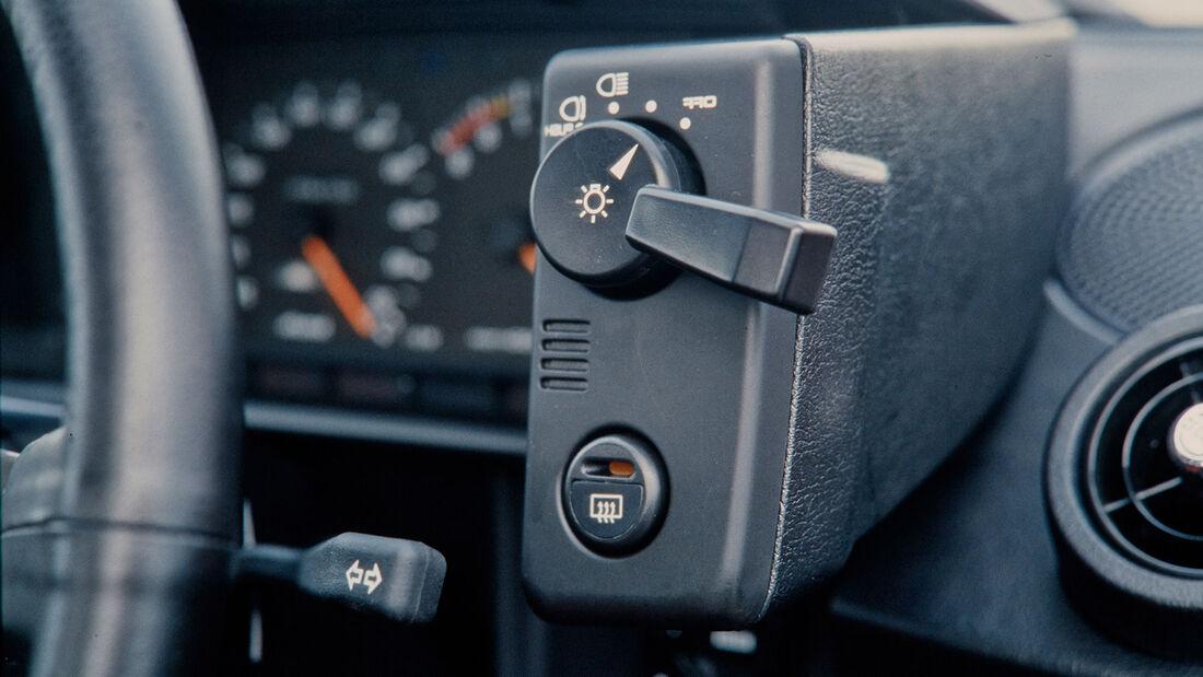 Toyota MR2 W1 (1985), Detail, Innenraum, Schalter