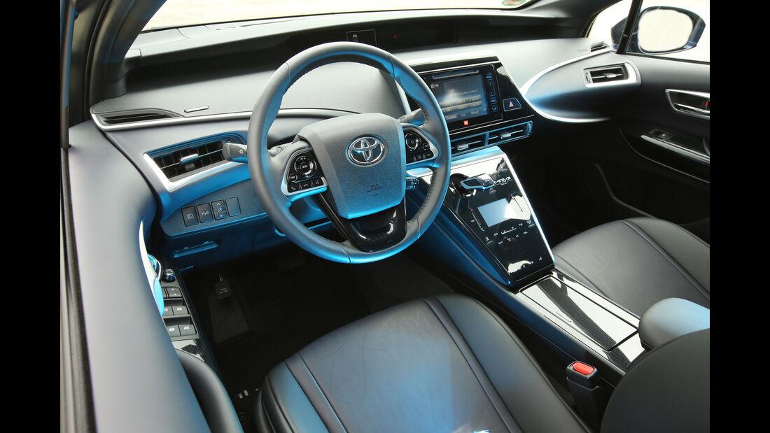 Toyota Mirai, Lenkrad