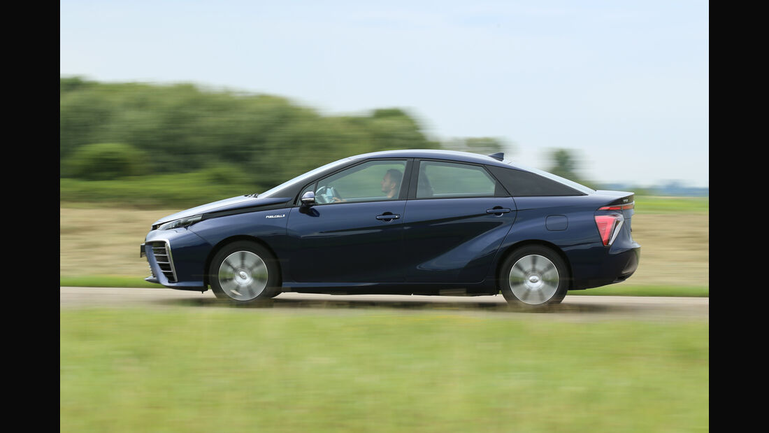 Toyota Mirai, Seitenansicht