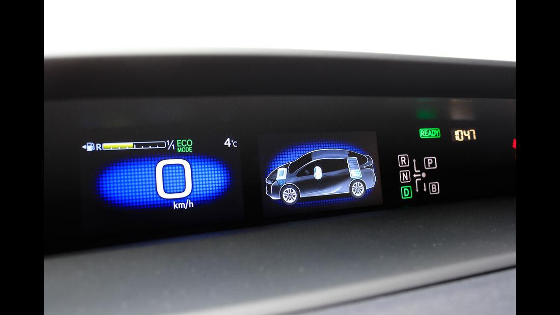 Toyota Prius, Anzeige, Infotainment