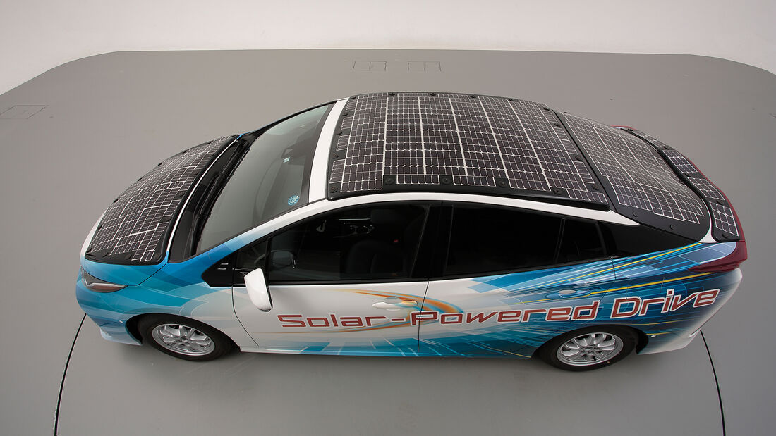 Toyota Prius PHEV Solar