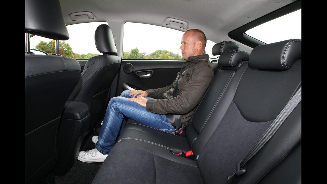 Toyota Prius Plug-In Hybrid, Rückbank