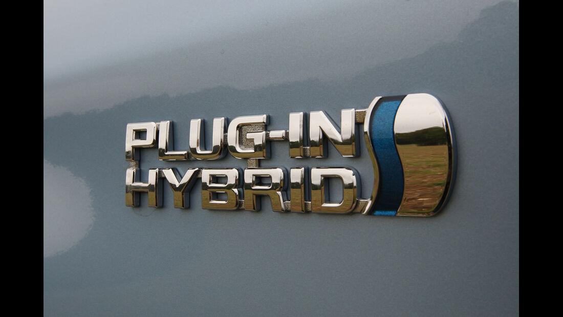 Toyota Prius Plug-In Hybrid, Typenbezeichnung