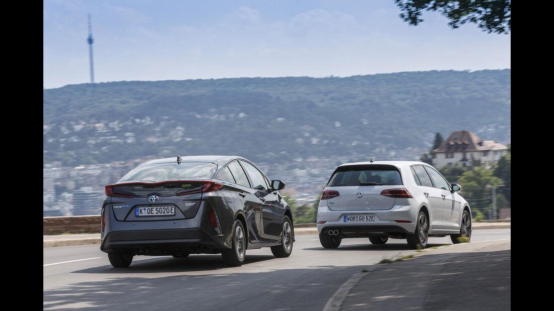 Toyota Prius Plug-in Hybrid, VW Golf GTE Heck