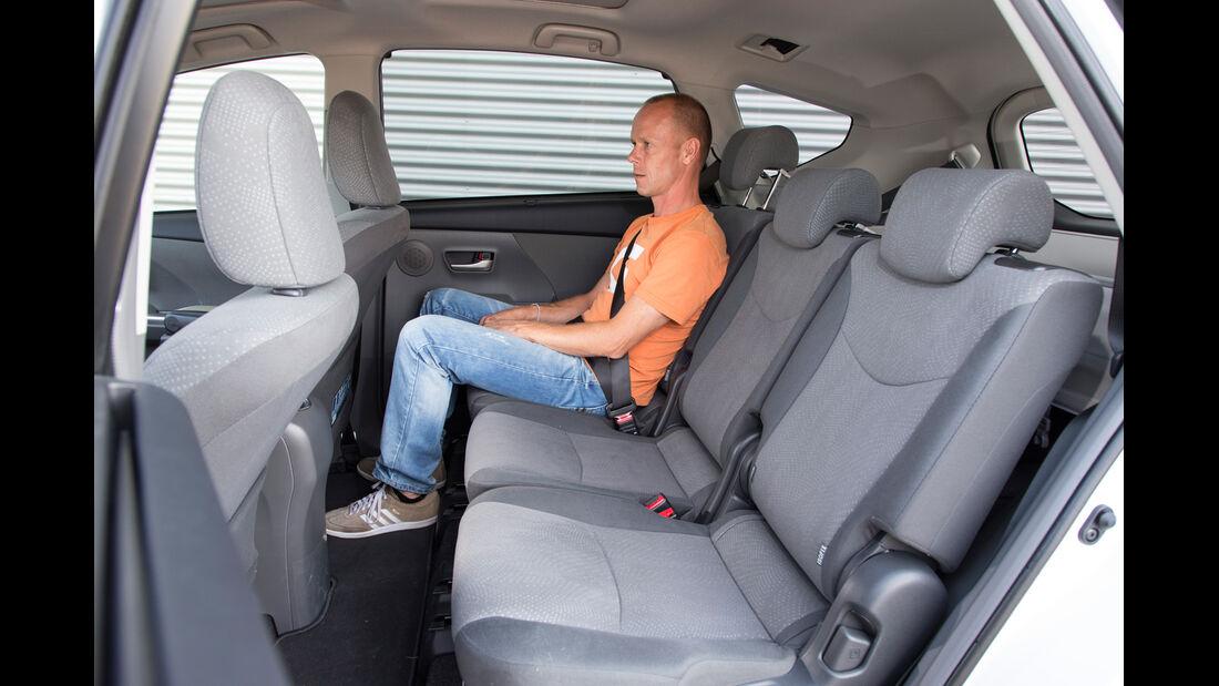 Toyota Prius Plus Life, Rücksitz, Beinfreiheit
