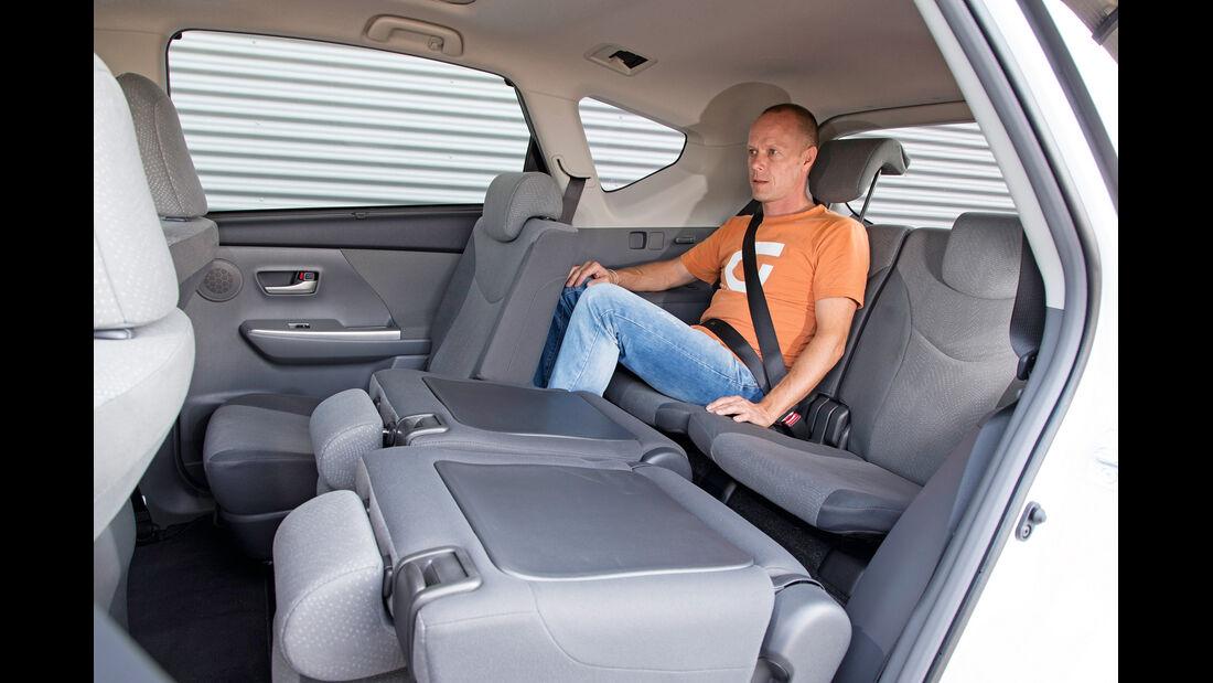 Toyota Prius Plus Life, Rücksitz, Zweite Reihe