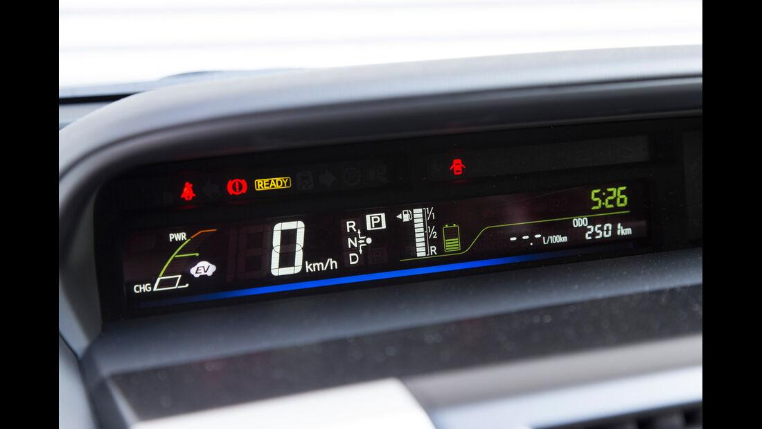 Toyota Prius Plus Life, Tacho, Display