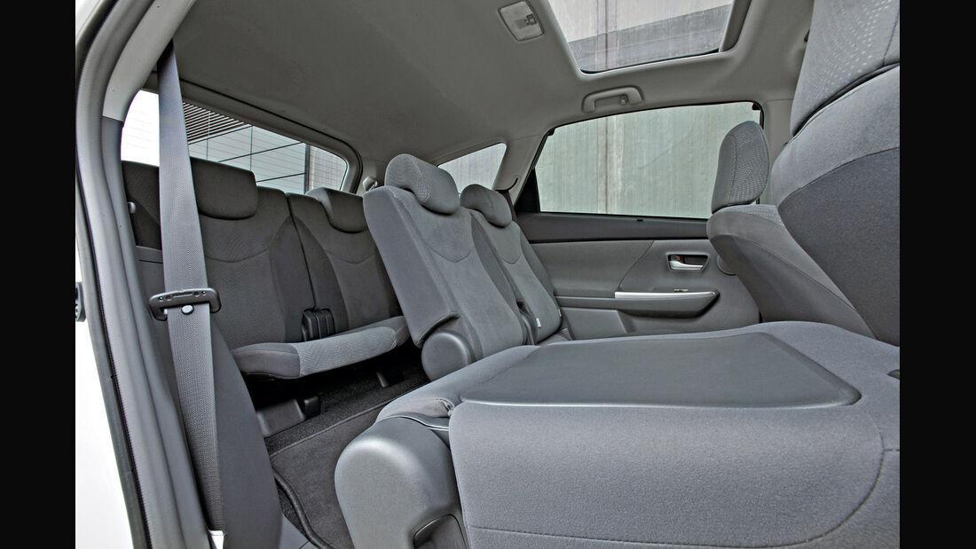 Toyota Prius Plus, Rückbank, umklappen