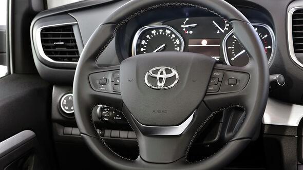 Toyota Proace Verso Van 2016 Fahrbericht