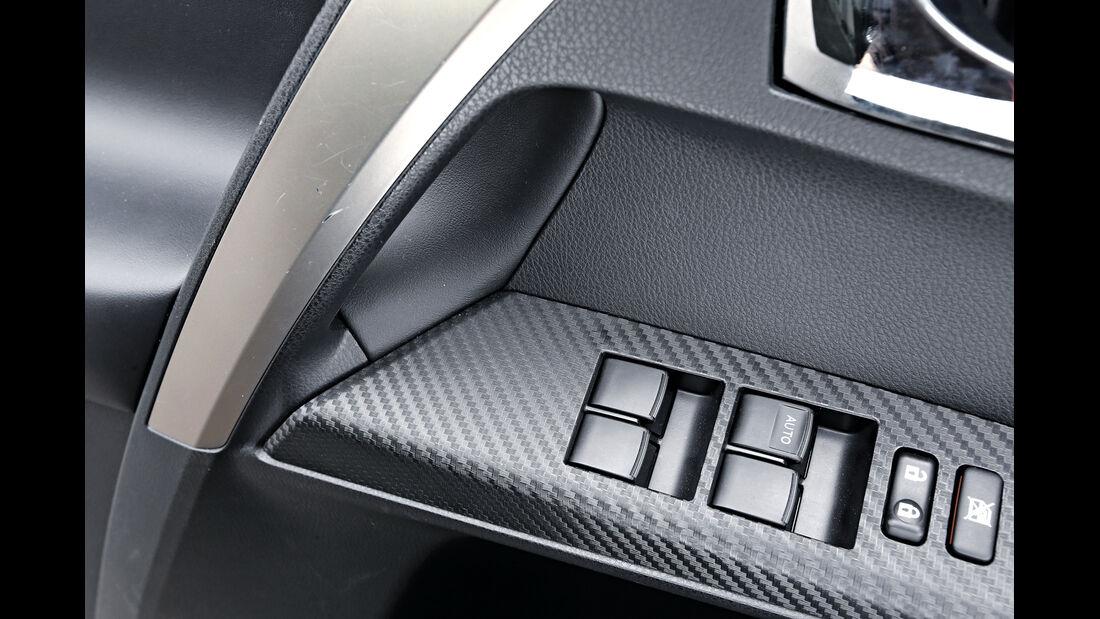 Toyota RAV 2.2 D-4D Life, Bedienelemente