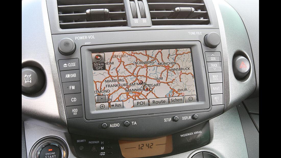 Toyota RAV 4 2.2 D-Cat,Navigationsgerät