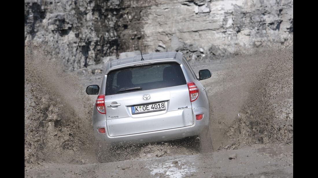 Toyota RAV 4, Heckansicht