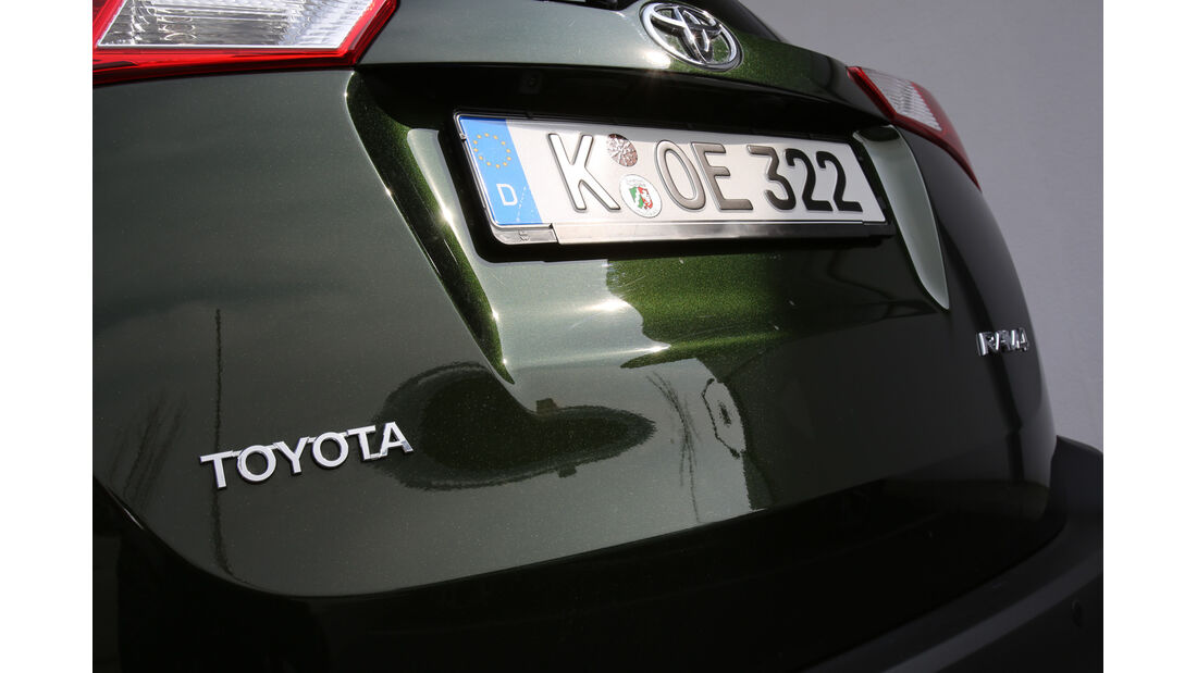 Toyota RAV4 2.0 D-4D, Typenbezeichnung