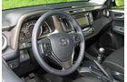 Toyota RAV4 2.2 D-4D AWD Life, Cockpit, Lenkrad