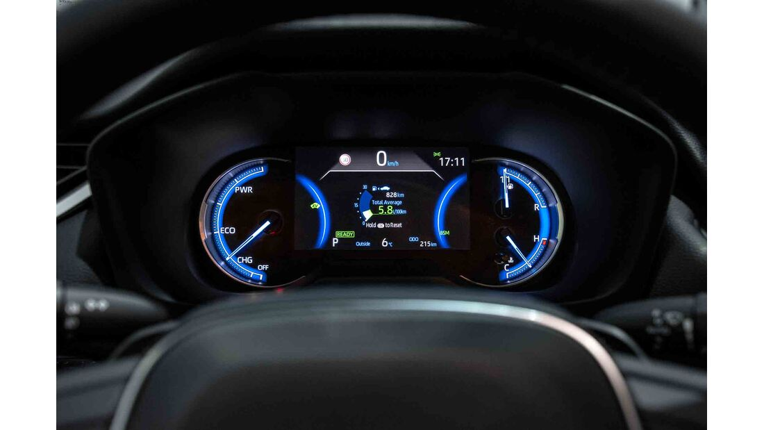 Toyota RAV4 4x4 Hybrid, Fahrbericht, armatur vebrauch