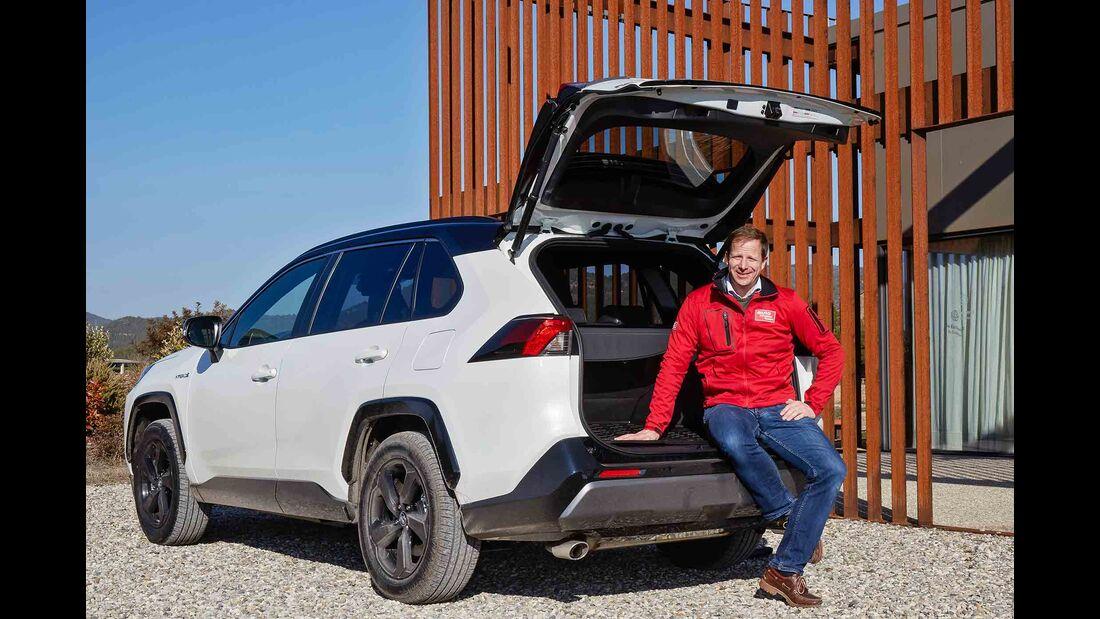 Toyota RAV4 4x4 Hybrid, Fahrbericht, außen heck