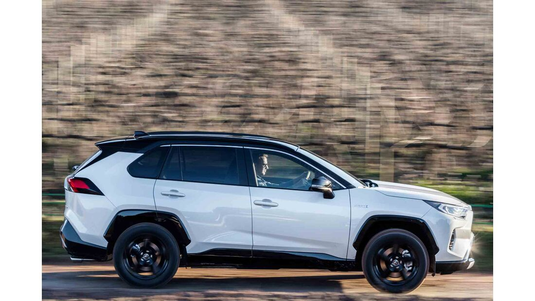 Toyota RAV4 4x4 Hybrid, Fahrbericht, außen seite fahrt