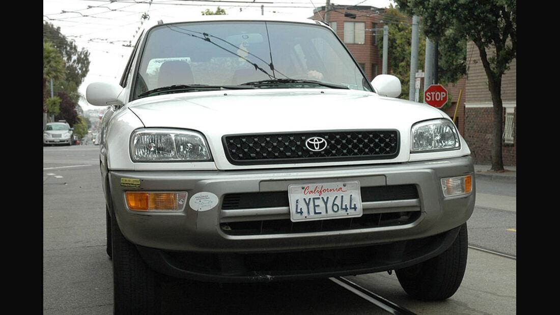 Toyota RAV4 EV Front