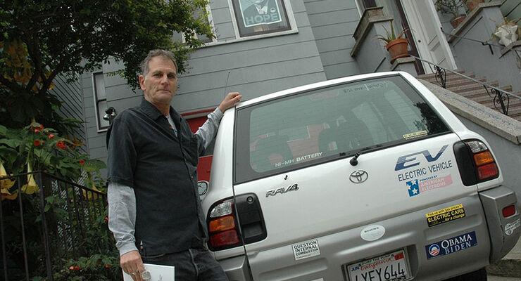 Toyota RAV4 EV Heck