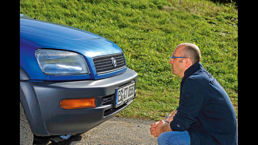 Toyota RAV4, Front, Kühlergrill