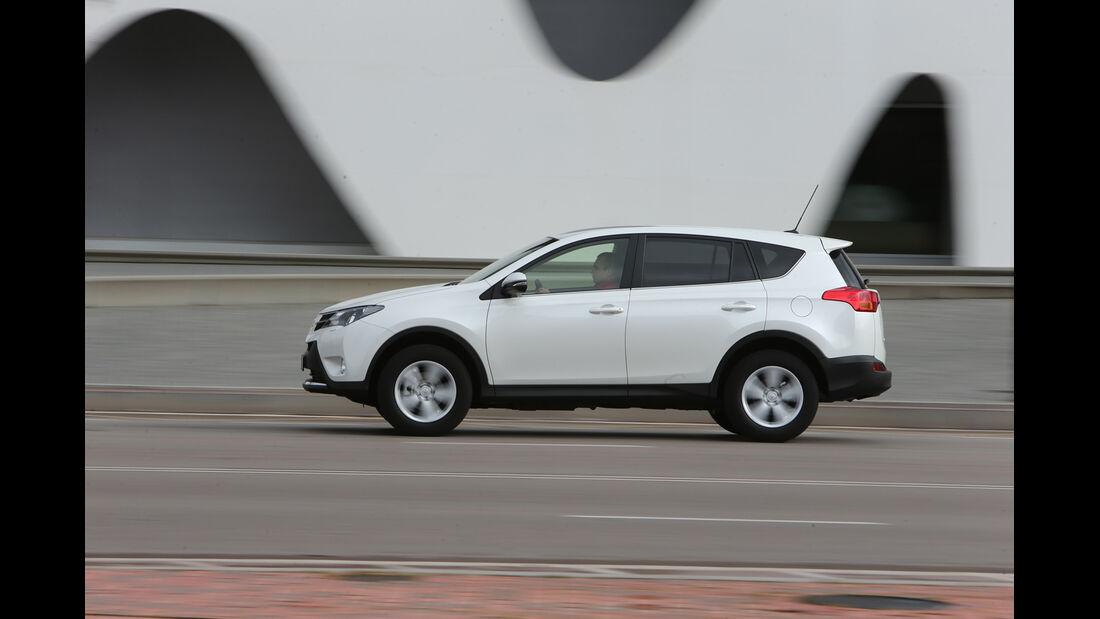 Toyota RAV4, Seitenansicht