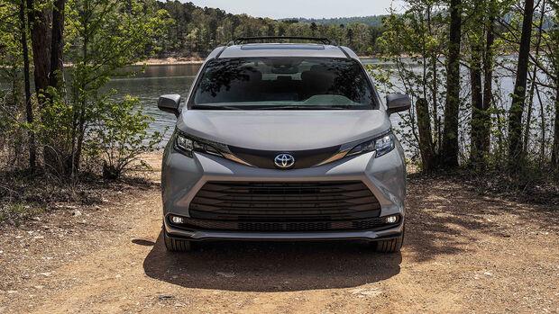 Toyota Sienna Woodland Special Edition