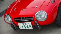 Toyota Sports 800, Frontscheinwerfer