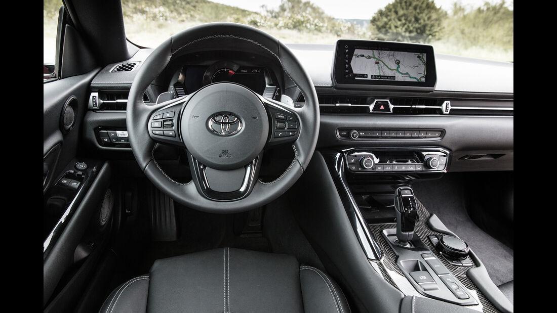 Toyota Supra, Interieur