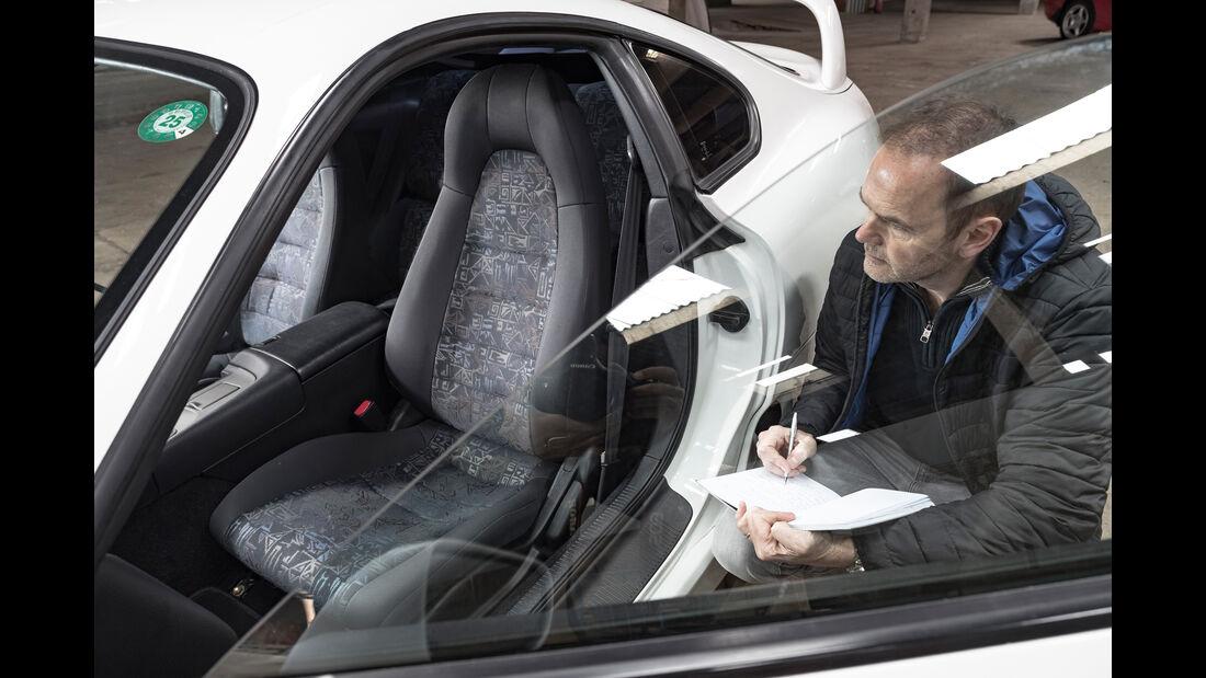 Toyota Supra, Sitz