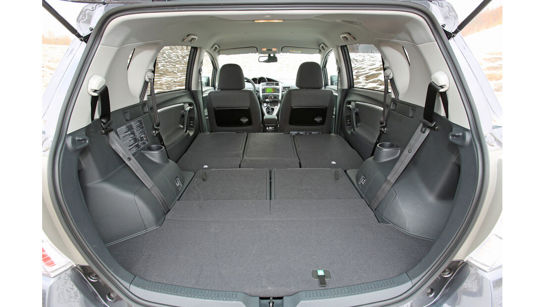 Toyota Verso 2.0 D-4D, Kofferraum, Ladefläche