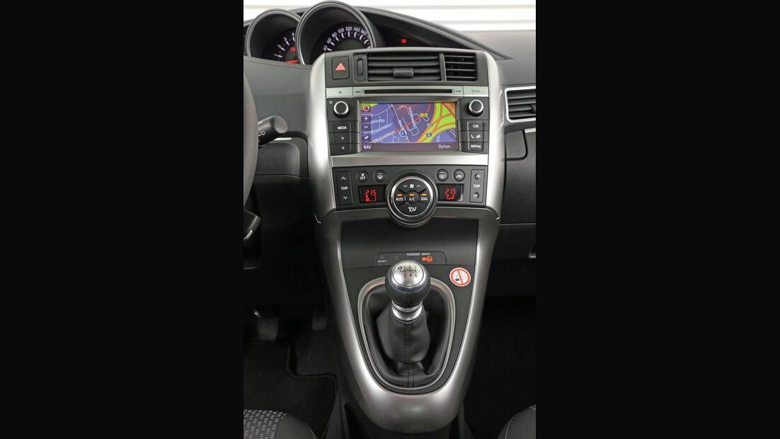 Toyota Verso 2.0 D-4D, Mittelkonsole