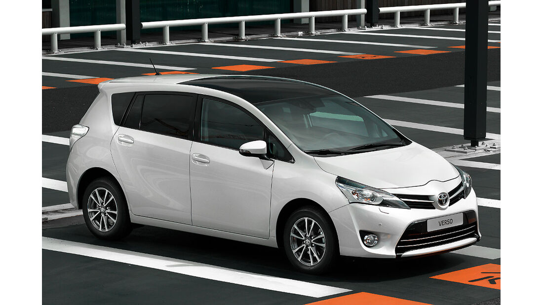 Toyota Verso Facelift Paris 2012