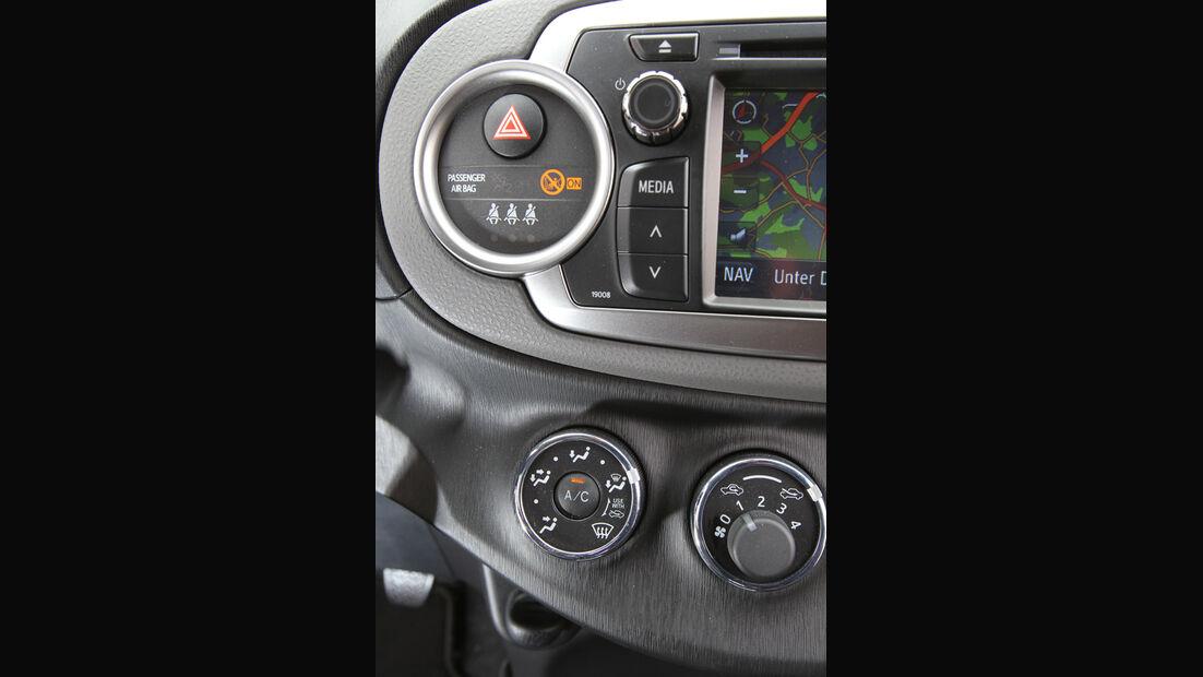 Toyota Yaris 1.4D-4D, Airbaganzeige