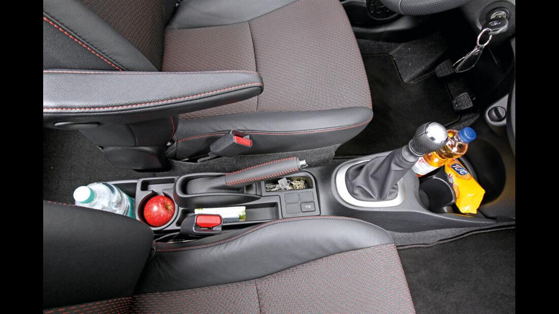 Toyota Yaris 1.4D-4D, Mittelkonsole